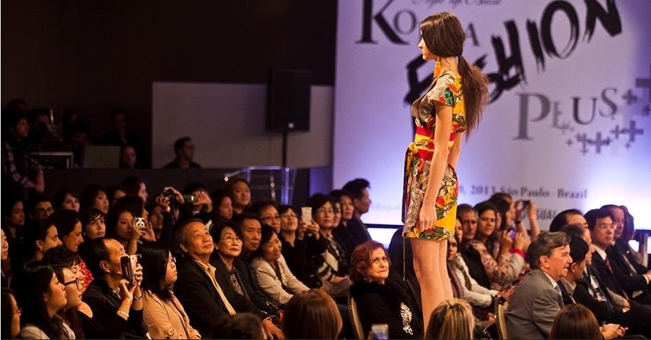 Resultado de imagem para evento kotra desfile de moda